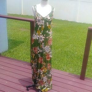 Spense women's full length sun dress.